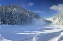 Talapus Lake | Winter Hike Near Seattle