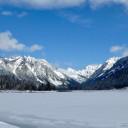 Keechelus Lake Snowshoe Trail